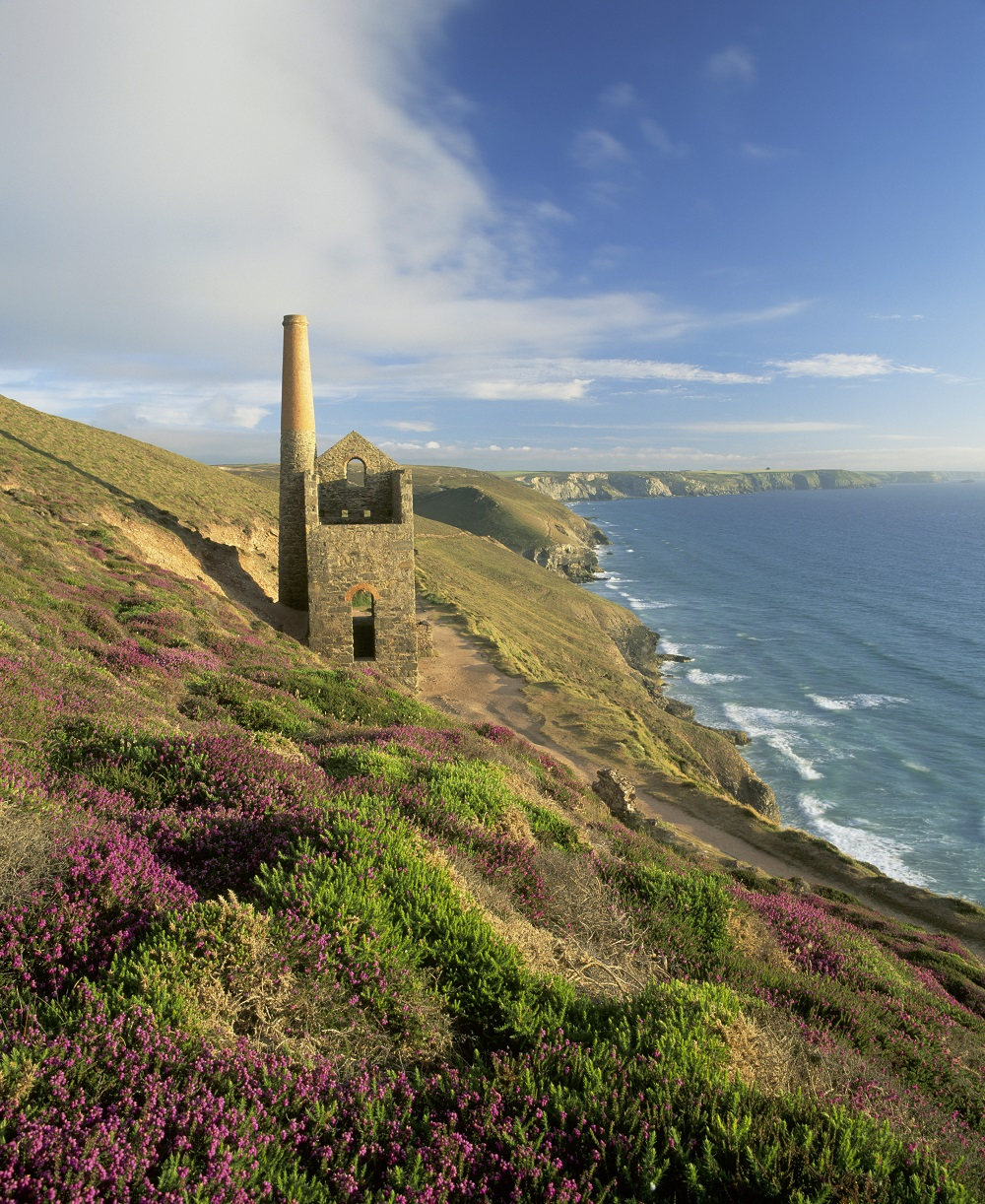 st agnes  west cornwall  an essential guide