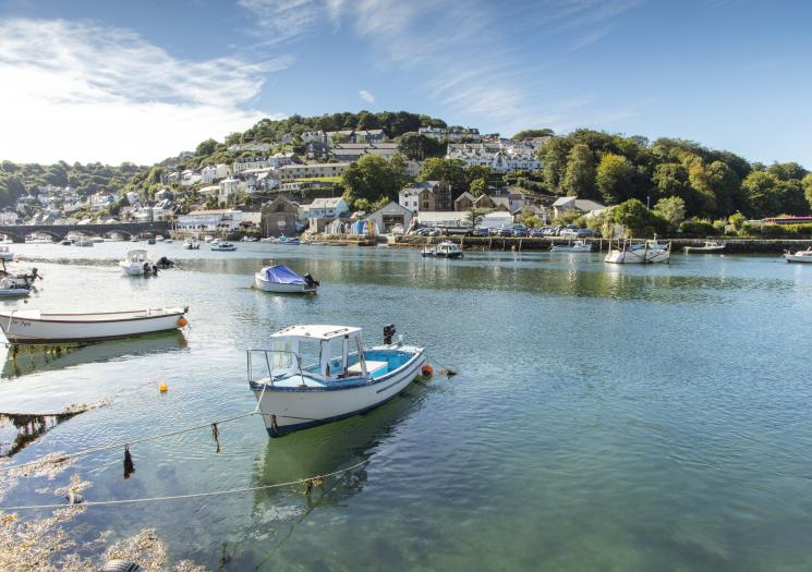 Looe, Visit Cornwall, seaside, harbour, holiday destination, travel, places to visit