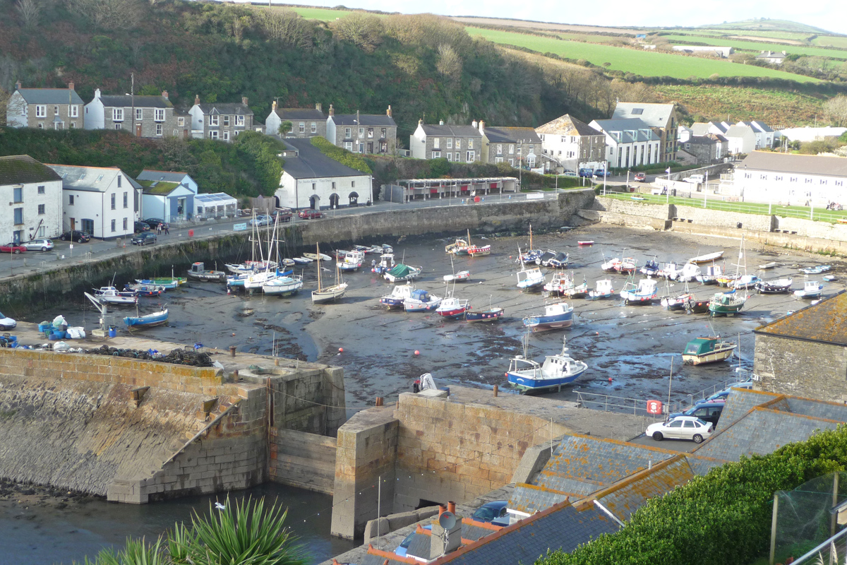 west cornwall senior dating site West cornwall's best free dating site 100% free online dating for west cornwall singles at mingle2com our free personal ads are full of single women and men in west cornwall looking for serious relationships, a little online flirtation, or new friends to go out with start meeting singles in west cornwall today with our free online personals and free west cornwall.