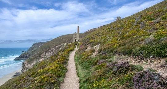 Wheal Coates, Chapel Porth, St Agnes c Shutterstock