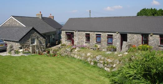 Cottages in Cornwall | Chycarne Farm | Near Helston