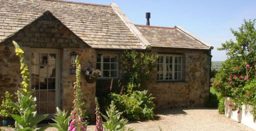 Mayrose Farm, self catering cottages and glamping in Cornwall