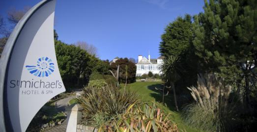 Beach wedding hotel Cornwall | St Micahels Hotel and Spa | Falmouth