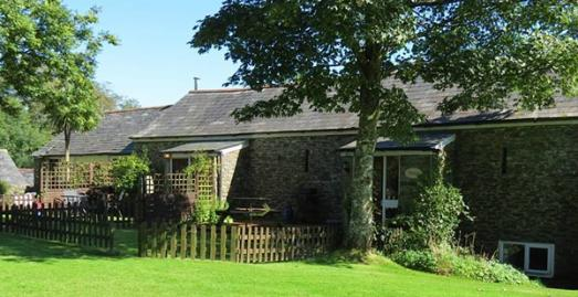 Dog Friendly Cottages in Cornwall | Lower Trengale | Near Liskeard