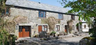 Special offers, late availability, Cornwall, book now