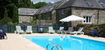 Coach House Cottage Swimming Pool