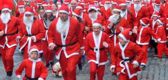 Santa Run at Truro