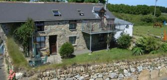 Families, Cornwall, holiday accommodation, travel