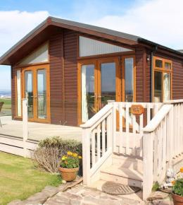lodges by the sea