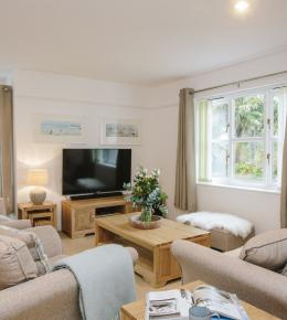 1 Menague, a self-catering holiday home in Rock, North Cornwall
