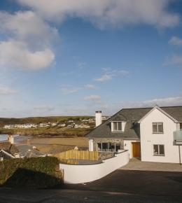Parker's Place, a self-catering holiday house in Polzeath, North Cornwall