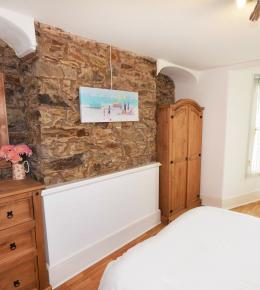 The Beach Cave, holiday home in Perranporth