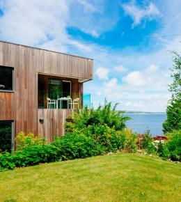 Blue Elvin in Newlyn, Cornwall - Luxury Self Catering with Perfect Stays