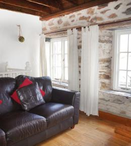 Cliff Nook, Cornish Holiday Cottage in Perranporth