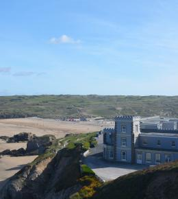 Droskyn Castle, clifftop holiday apartments in Perranporth