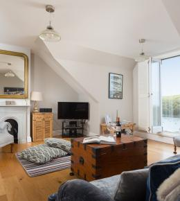 Spectacular view Holiday luxury accommodation Fowey