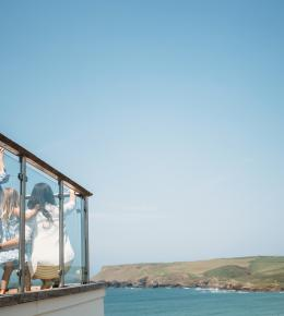 The Edge, a self-catering holiday home in Polzeath, North Cornwall by Latitude50