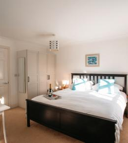 1 Lowenna Manor is self-catering holiday home from Latitude50 located in Rock, North Cornwall