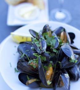 Bowl of St Austell Bay Mussels