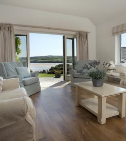 The Orchard is a self-catering holiday home in Rock, North Cornwall