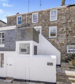 St-Ives-cottages-with-parking