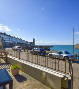 Porthleven cottage 5 Seaview Moorings