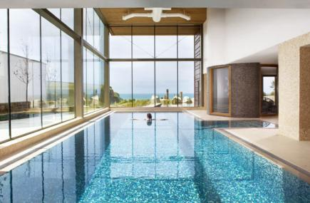 Spa in cornwall the scarlet hotel and spa mawgan porth - Hotels with swimming pools cornwall ...
