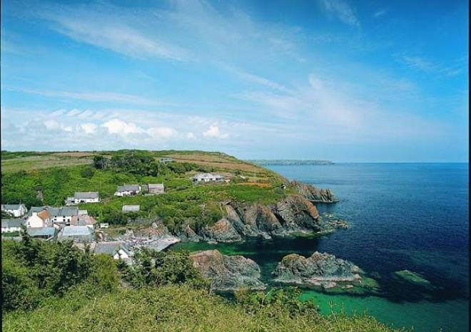 Cadgwith Beach, Cadgwith, Cornwall