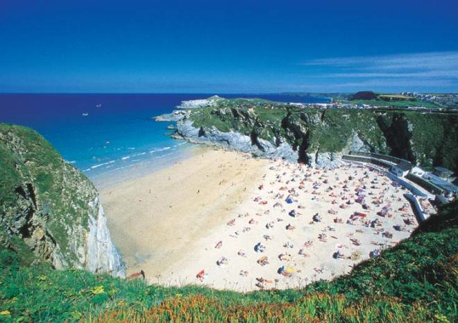 Beaches In Newquay Cornwall Lusty Glaze Beach