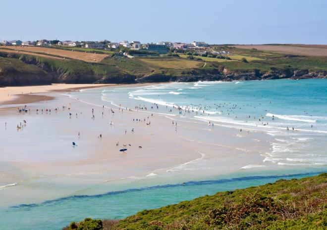 Crantock Beach, North Cornwall c Shutterstock