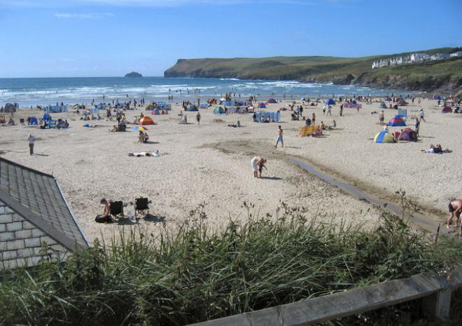 Beaches in Polzeath | Polzeath Beach | Cornwall