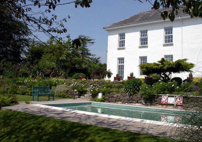Self Catering in Cornwall | The Old Rectory | Lanreath | Looe | Cornwall