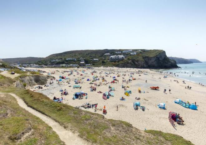 Old Basset Cottage offers lovely self-catering holiday accommodation near Porthtowan in North Cornwall - Porthtowan Beach
