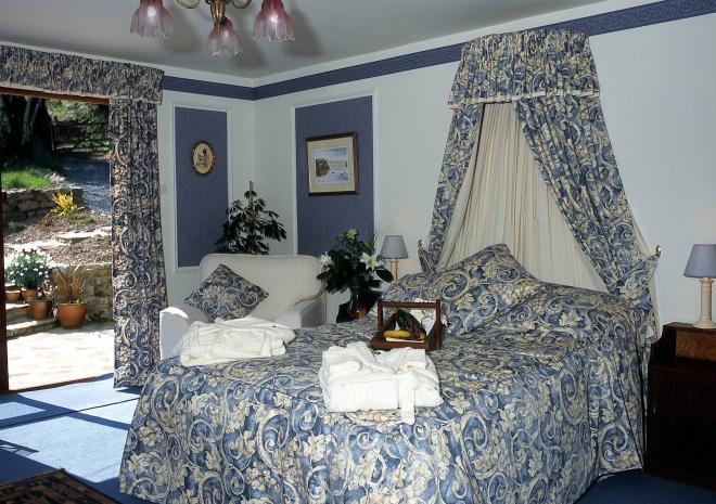 Bed and Breakfast in Cornwall | Tor Cottage | Lifton