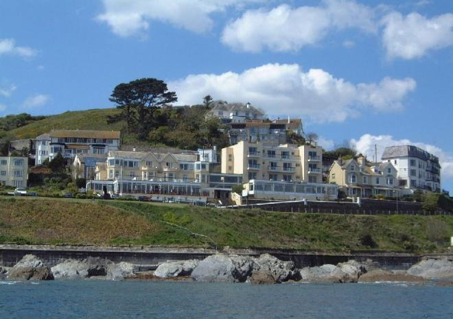 Hotel In Cornwall Hannafore Point Looe
