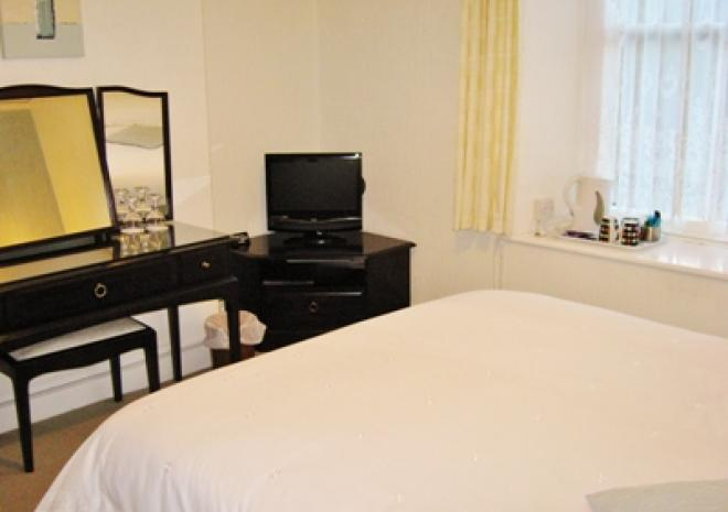 Double Room (1 double bed)