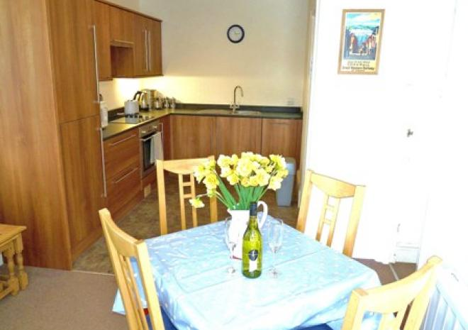 Wolf Rock Holiday Apartment, Penzance, Porthcurno, West Cornwall
