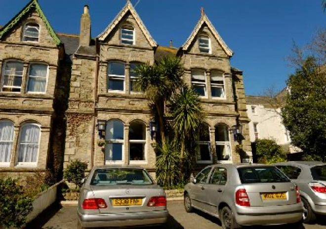 Bed and Breakfast in Cornwall | The Townhouse Rooms | Truro | Cornwall