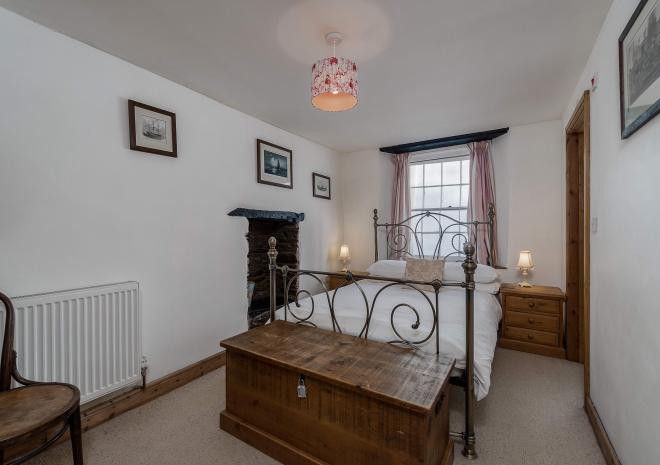 Osborne House - one of three doubles | Cottages in Cornwall | Finest Looe | Looe | Cornwall