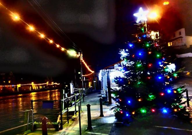Christmas in Looe by Mark Camp