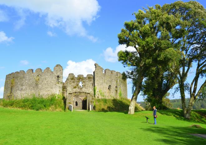 Cottages in Cornwall | Lanwithan Cottages | Restormal Castle |  Lostwithiel
