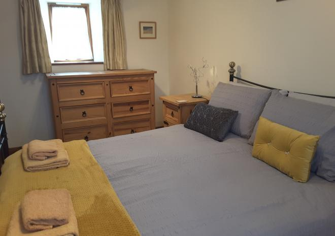 THE ROOST,  DOUBLE BEDROOM