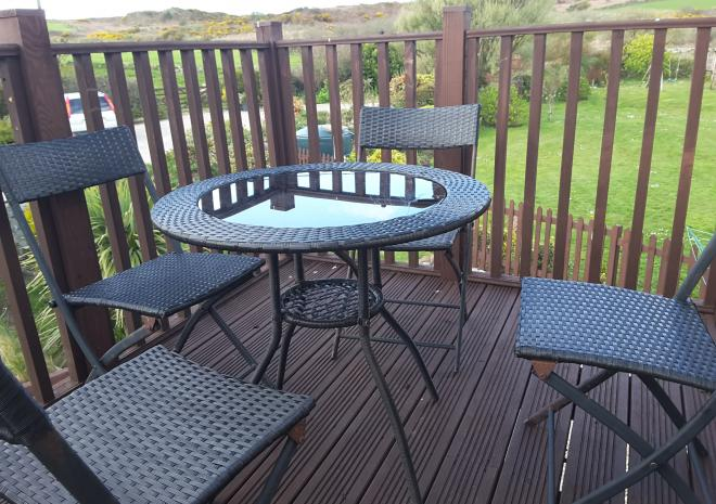 PATIO ON THE ROOST BALCONY