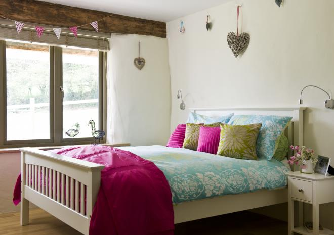 Bosinver Farm Holiday Cottages Lowen bedroom St Austell Cornwall
