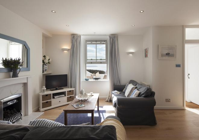 Beach Cottage - Porthleven Holiday Cottages, Self-Catering, Porthleven, West Cornwall