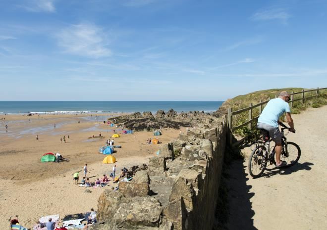 Crooklets Beach, Bude, North Cornwall, Beach, Cycling