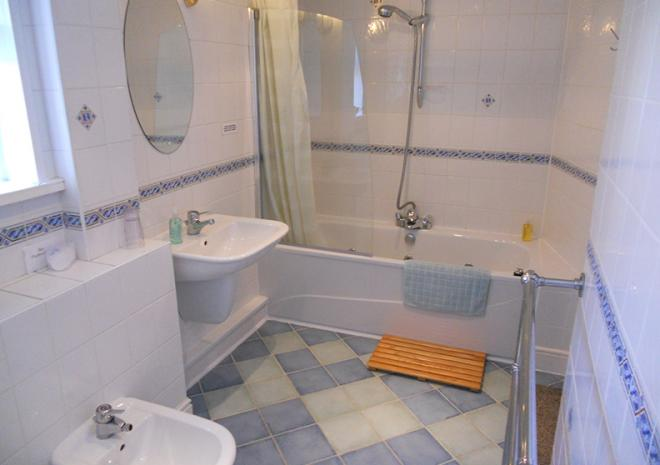 Bed and Breakfast Cornwall   The Elms Guest House   St Austell   Cornwall