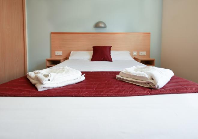 Self Catering in Cornwall Glasney Rooms, Penryn , University Campus