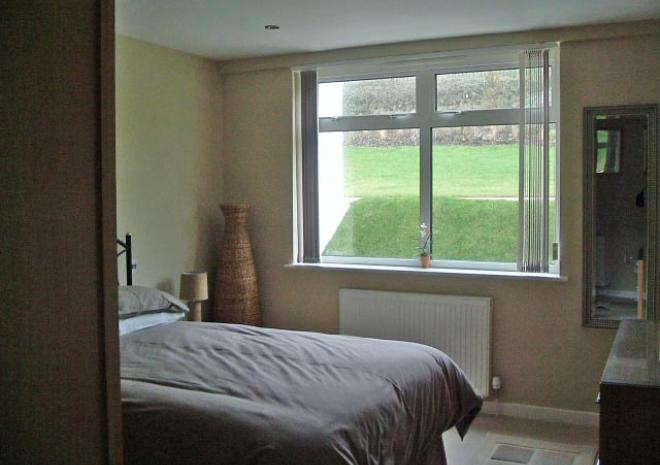 270 Double bedroom furnished in solid oak