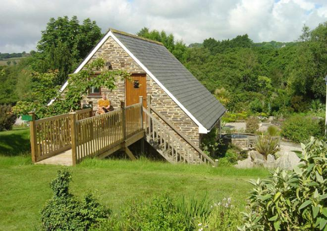 Cottages in Cornwall | Hidden Valley Gardens | Par